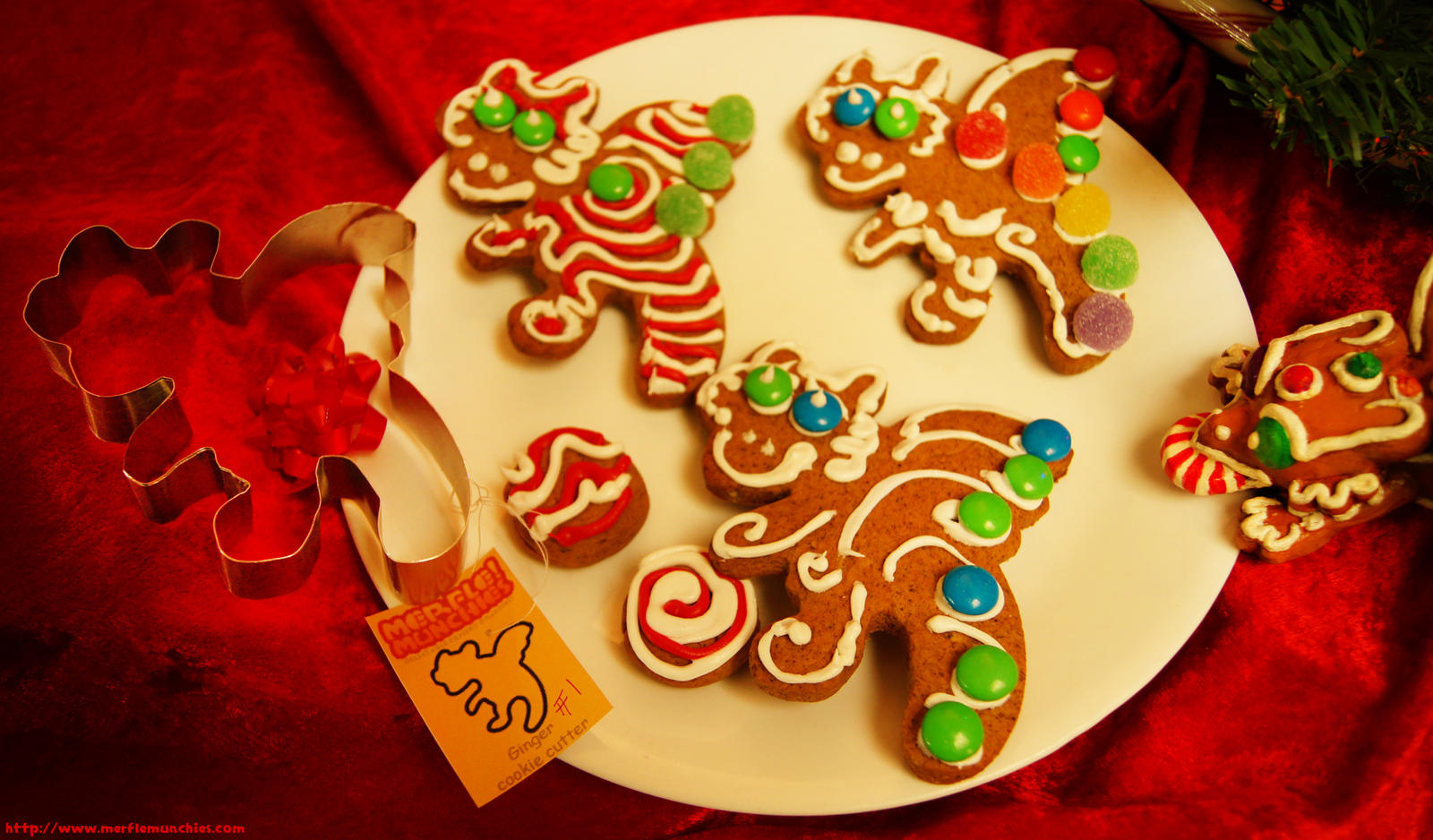 Gingerbread cookie dragons by The-SixthLeafClover