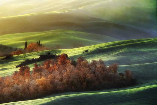 Light on Tuscan waves