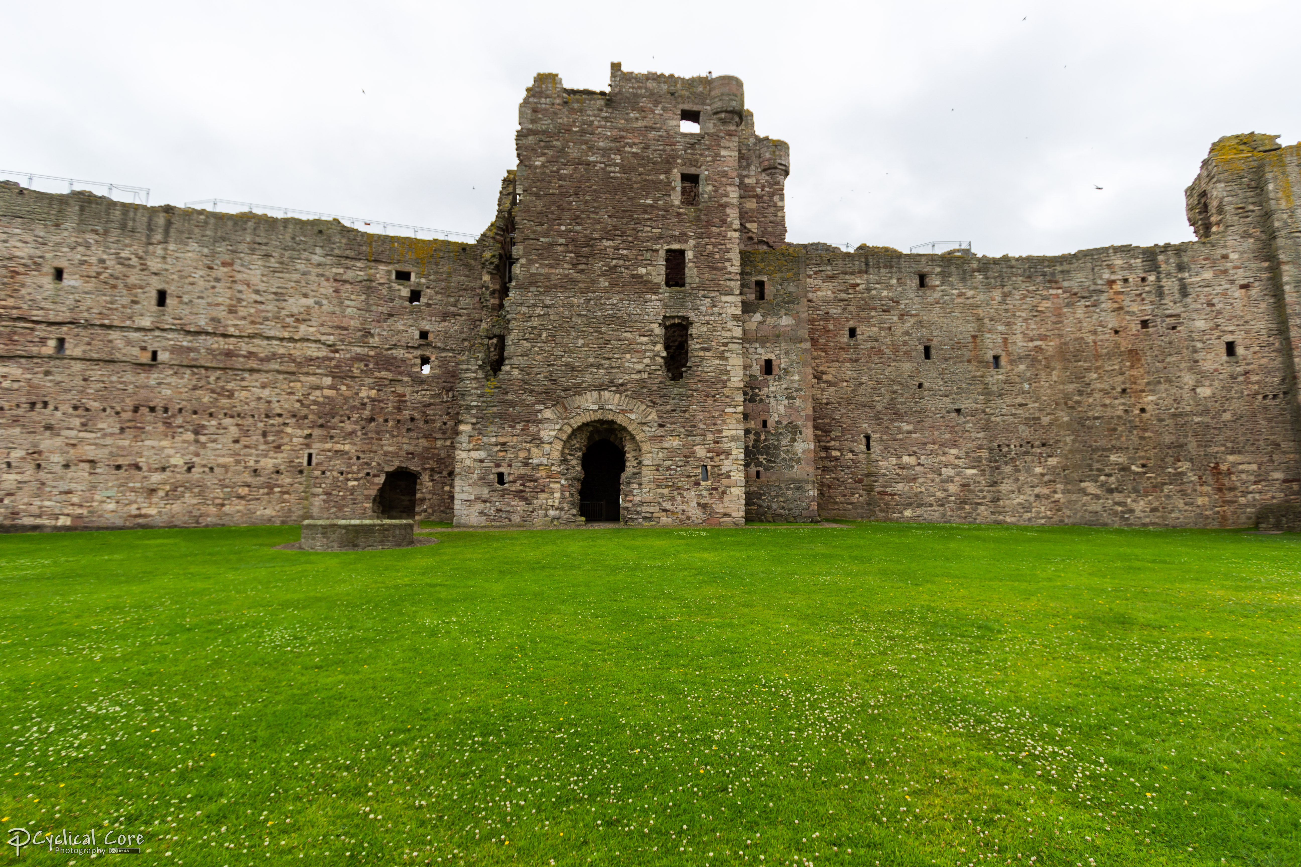 Inner Curtain Wall : What is a inner curtain wall for castles