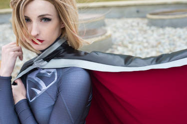 Dark Supergirl   Friend or Foe by kirakelly
