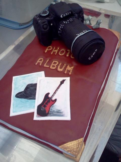 Canon cake by Shoshannah84