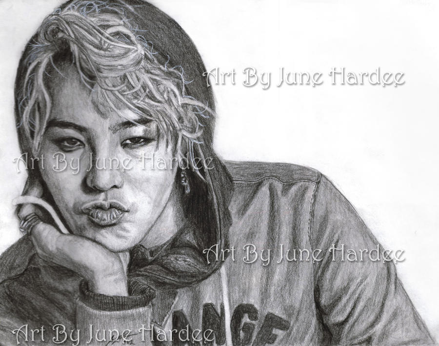 G Dragon by JunebugHardee