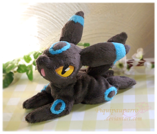 Shiny Umbreon - Handmade plush by Piquipauparro