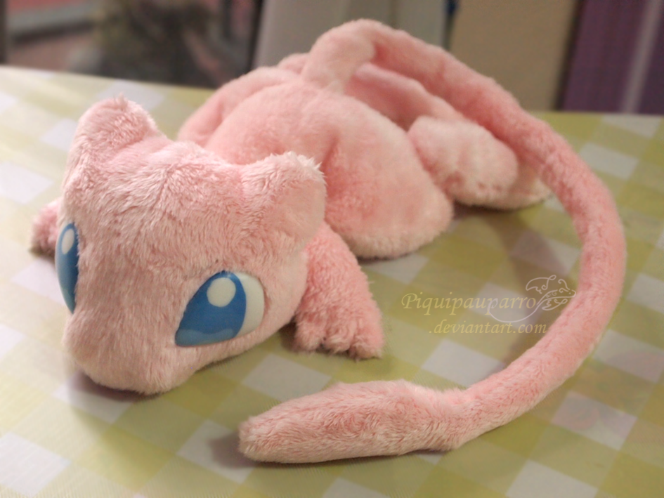 Pink Mew - Hanmade plushie by Piquipauparro