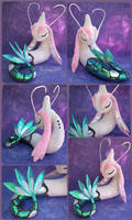 Milotic - Sparkly handmade plushie by Piquipauparro