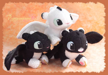 Beanie Night lights - handmade plushies by Piquipauparro