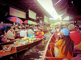 Floating Market by emshore