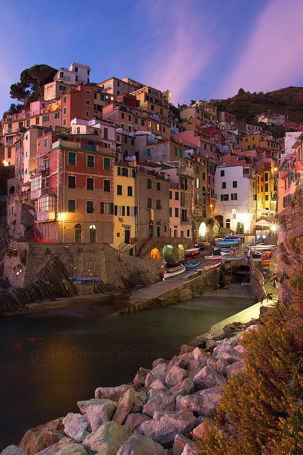 Riomaggiore, Cinque Terre by Alis86