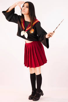 Harry Potter Gryffindor Seifuku Cosplay Commision by tmproduction