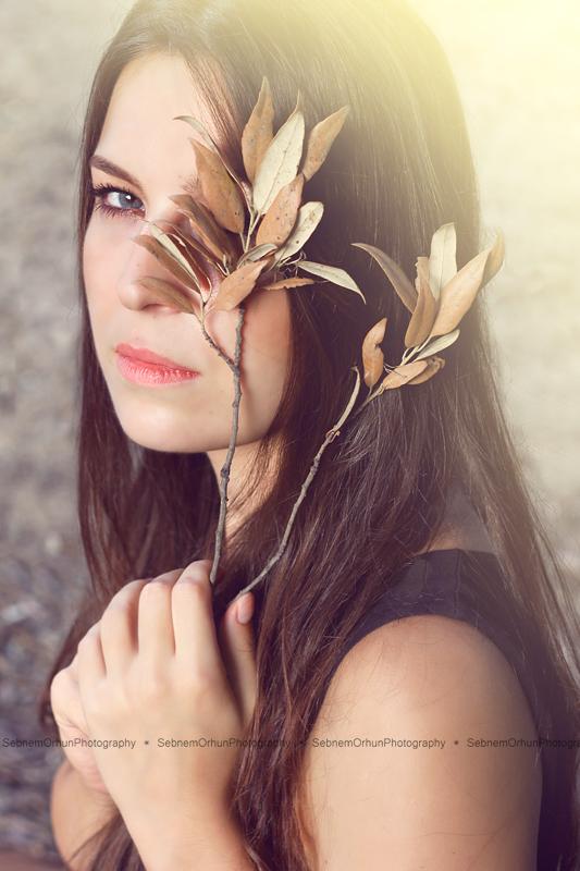 Autumn girl by whereUwant