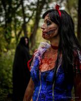Zombie Snow White by CD842