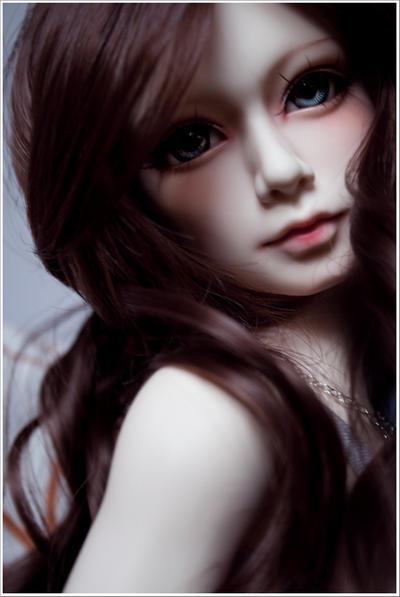 Кукольный дом Easily_hurt_woman_by_Icchaeyo