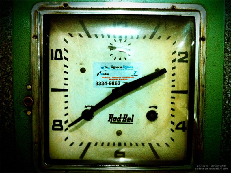 Lomo Clock by oO-Rein-Oo