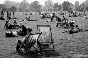 Sunny Sunday At St. James Park by oO-Rein-Oo