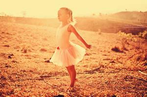 Ballerina Dreams by oO-Rein-Oo