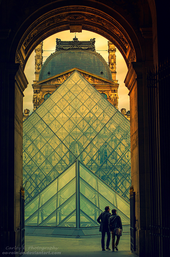 Le Musee Du Louvre by oO-Rein-Oo