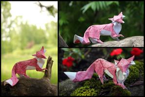 Foxy lady by FoldedWilderness