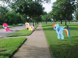 Pinkie Crash by DestructoDash