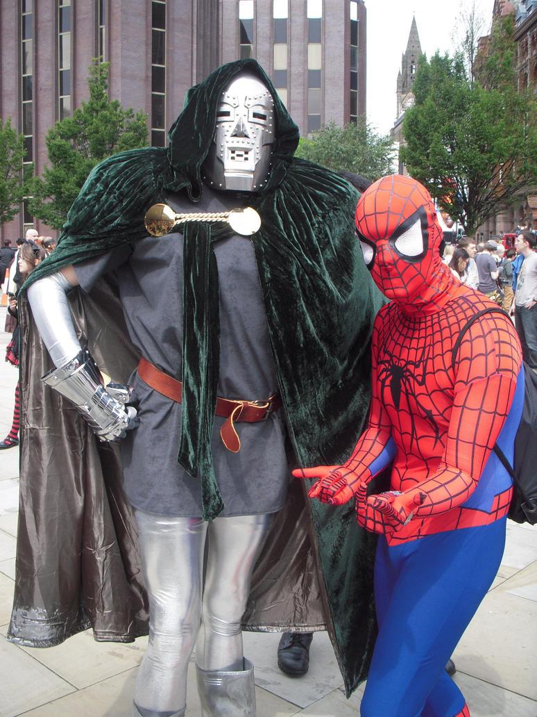 SPIDERMAN AND DR DOOM COSPLAY by rockdjlee on DeviantArt