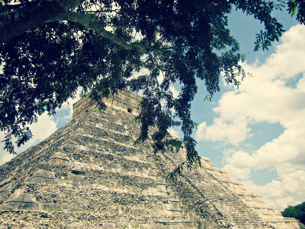 Chichen Itza by SayaLOL