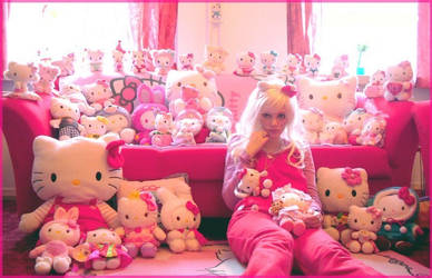 Hello Kitty Plushie Mania by Sorayachi