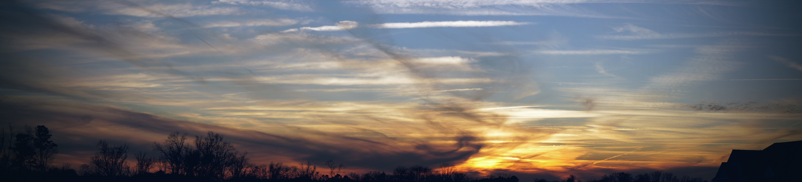 Panoramic Streaks by atLevel1Alt