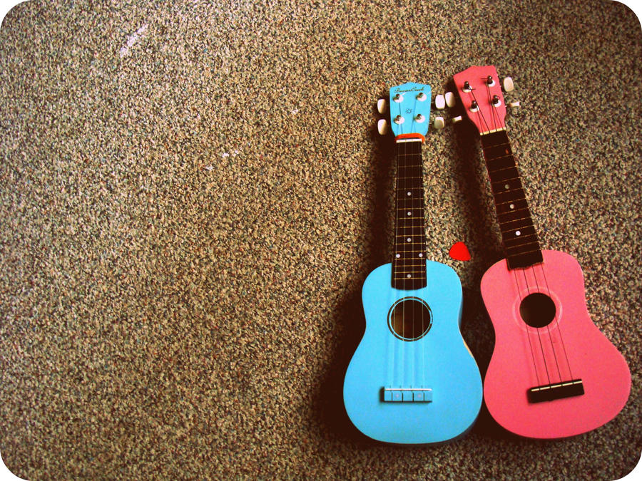 ukulele jammin'. by xxintention