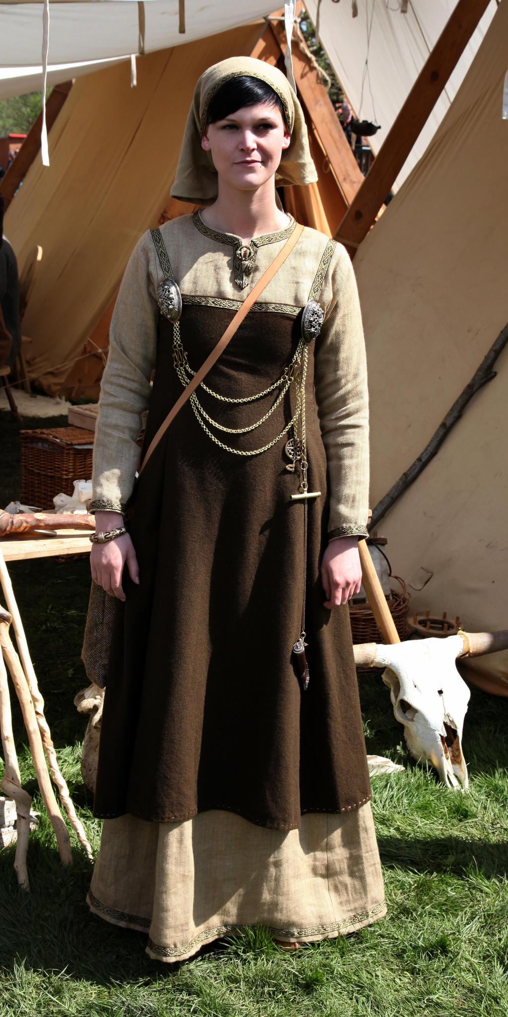 female viking clothing - photo #2