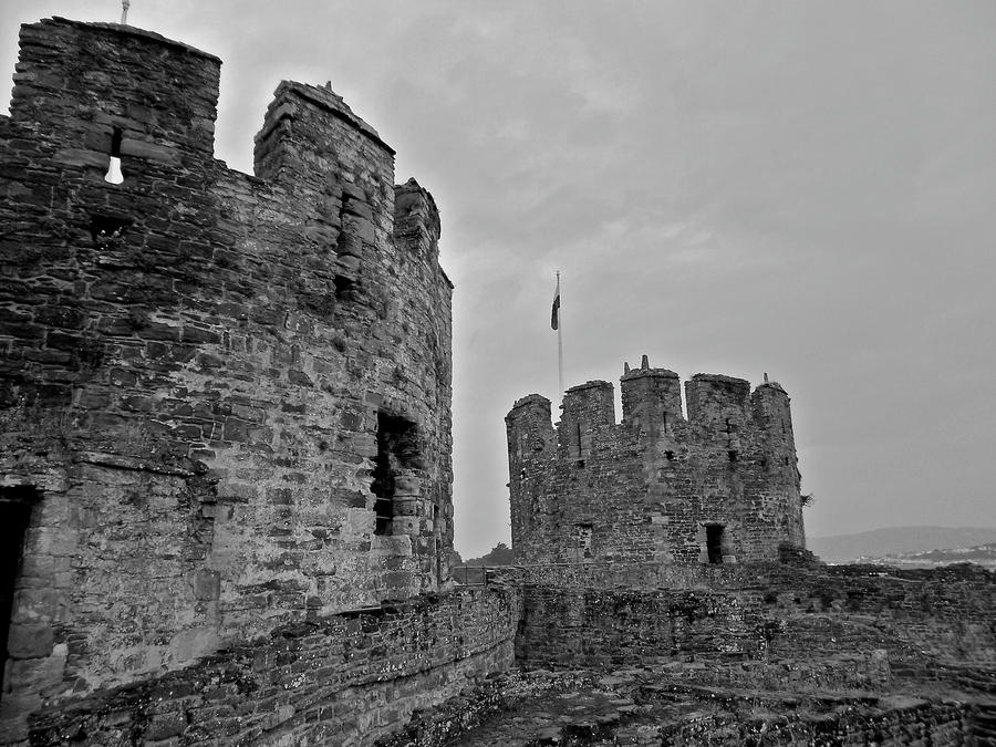 Conwy Castle by muzzy500