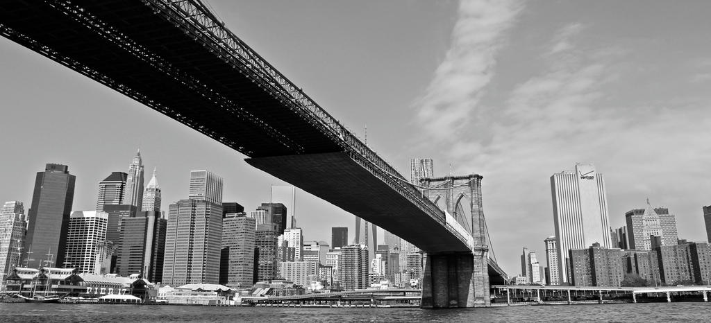 Brooklyn Bridge by muzzy500