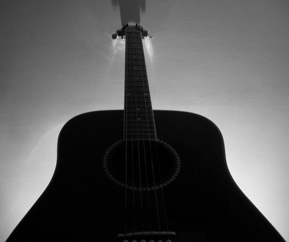 Guitar Silhouette - Stock by that-damn-eskimo