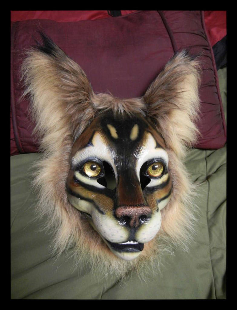 Feline mask by KandorinCreations