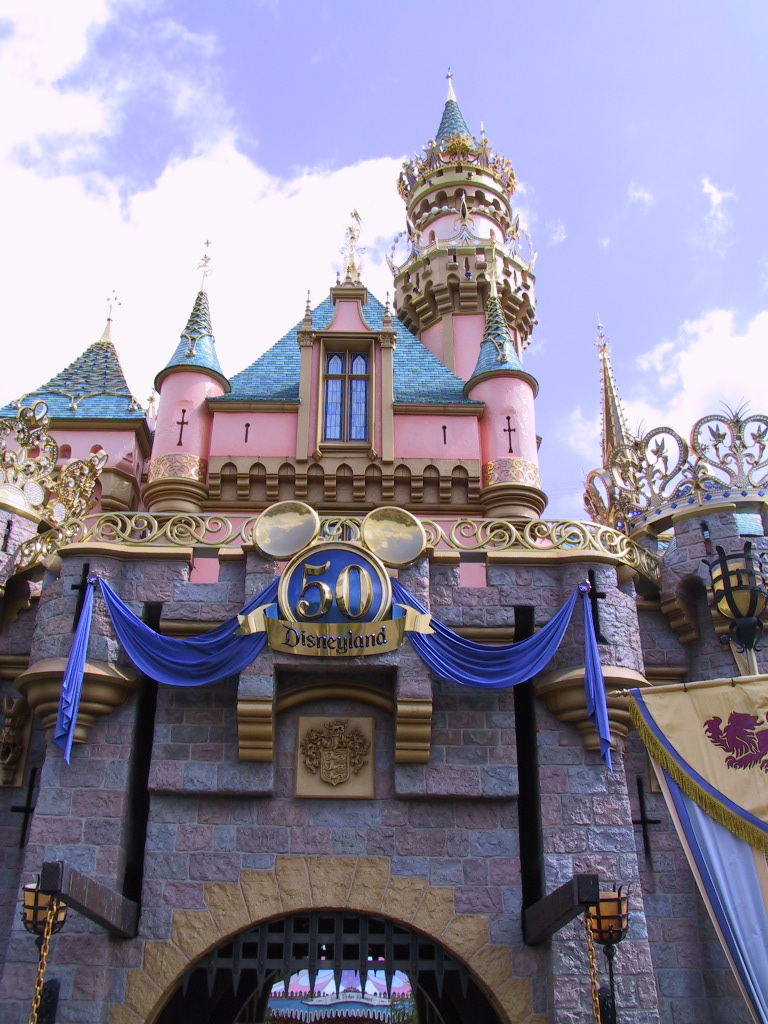 Disneyland 50th Castle Shot by UzuriLion94