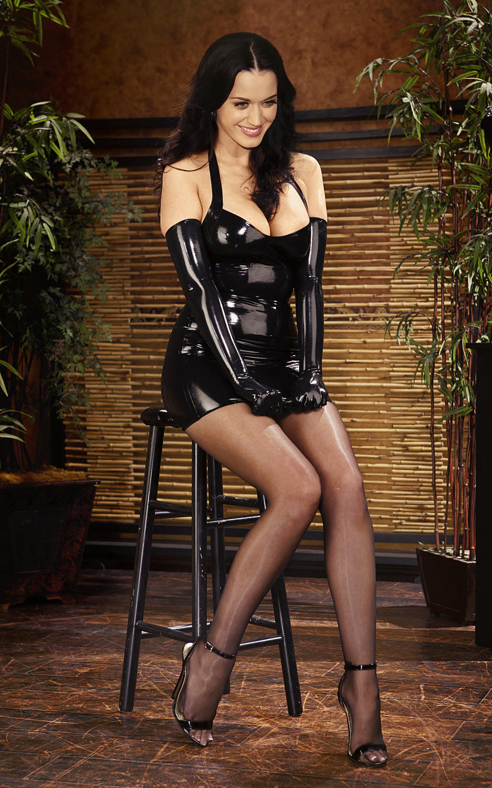 Latex and nylon pictures #13