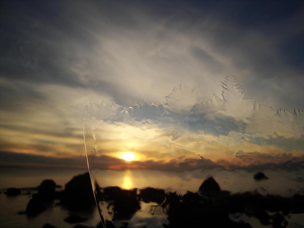 Icy Sunset by kaitengiri