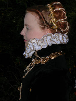 Valois close up