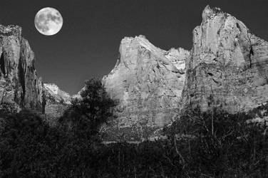 Moon over Zion by malcolm-luther