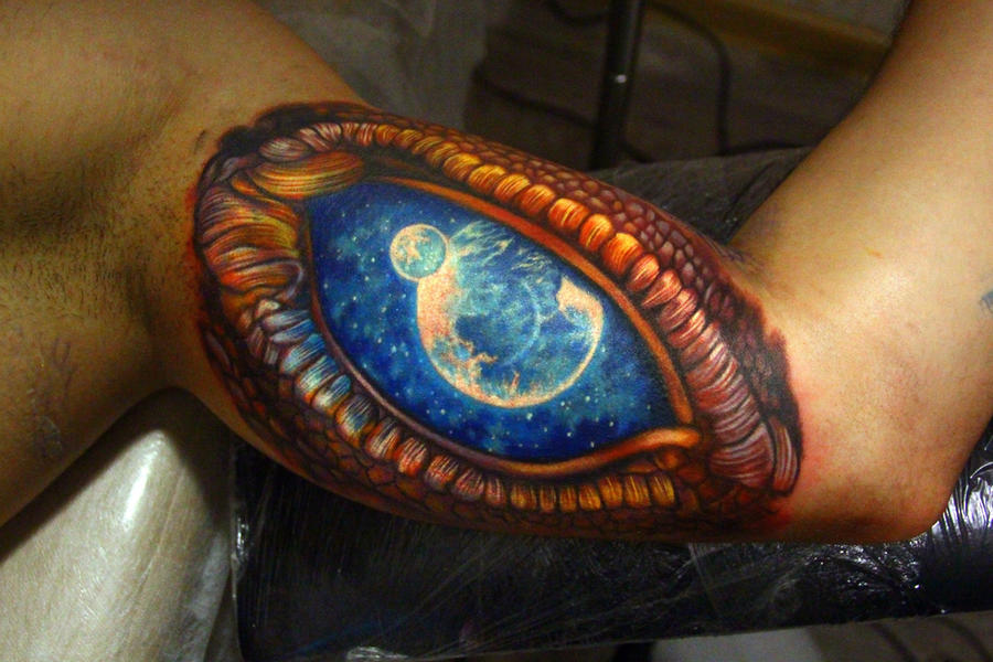 dragon eye by NikaSamarina