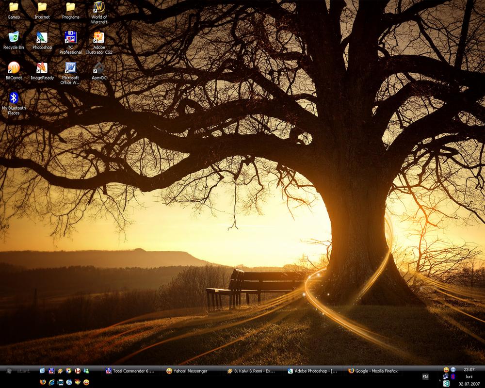 My desktop by Tamplar