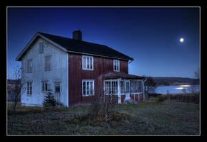 November Night by AnteAlien