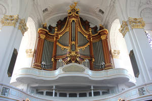 St. Michael Organ by Andre-anz