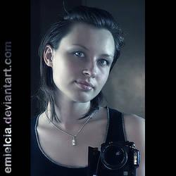 ID by Emielcia