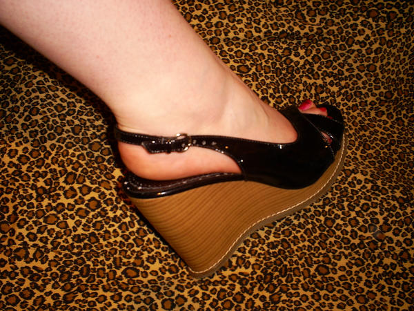 Boots Fetish/Shoes with High Heels gives woman sexual