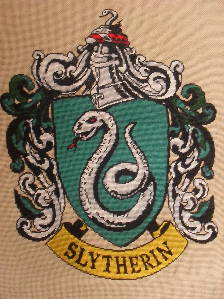 Slytherin Crest by Sirithre