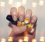 Chickadee and her Polkadot Eggs - Easter Nails