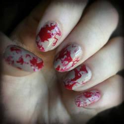 Blood Splatter Nailart