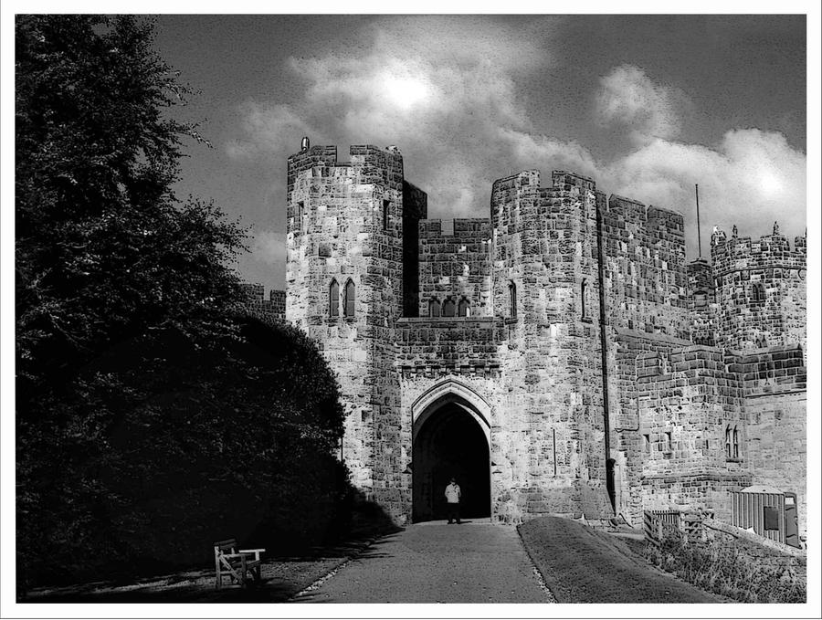 Alnwick Castle Black And White By Silver Guild On Deviantart