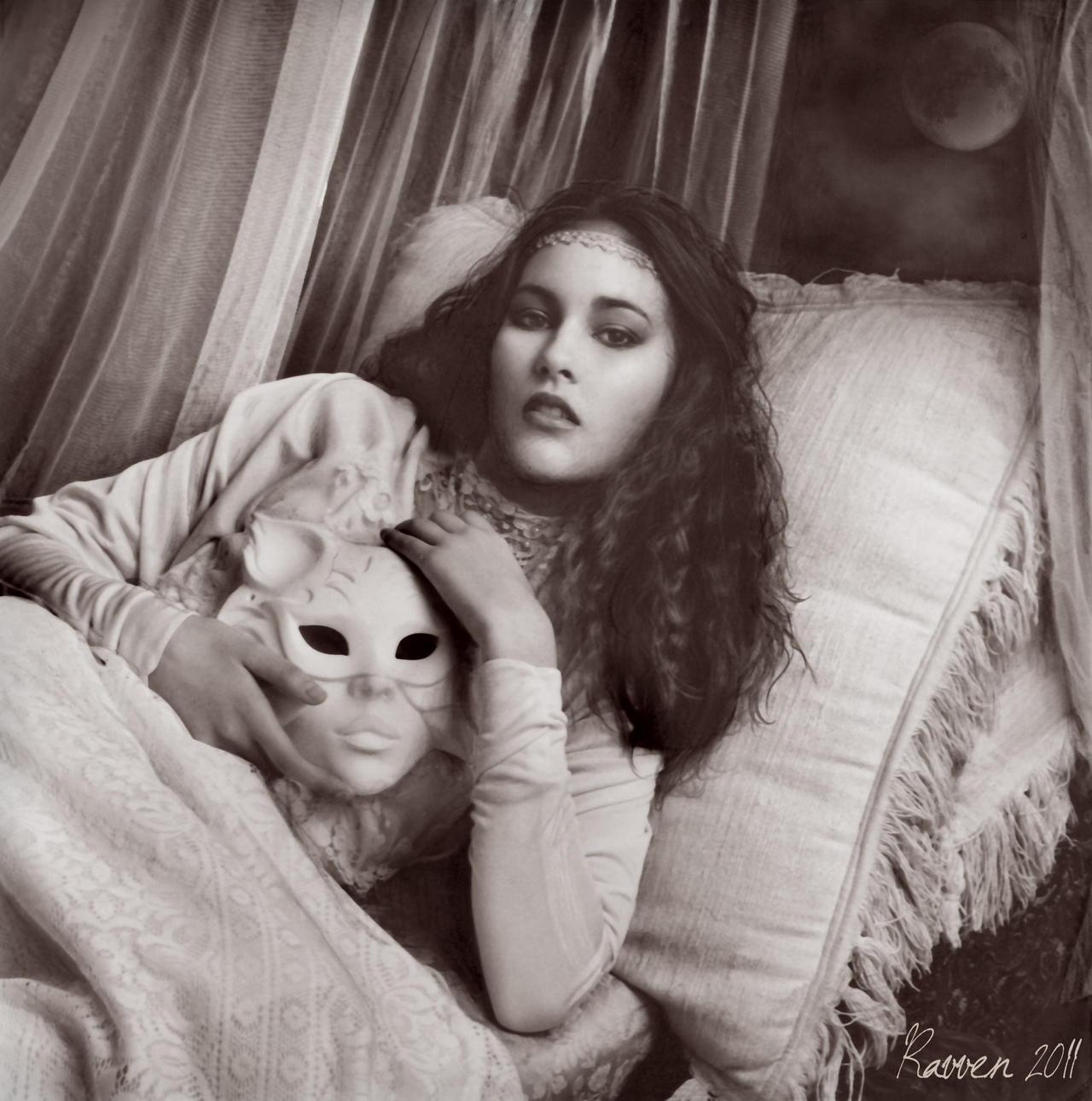 Mask by Ravven78