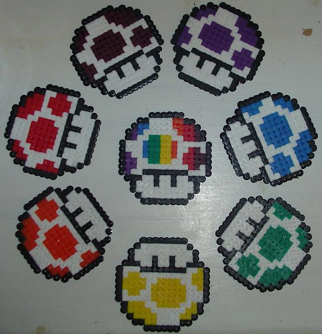 Hama Beads - Champis Gay 1UP by acidezabs