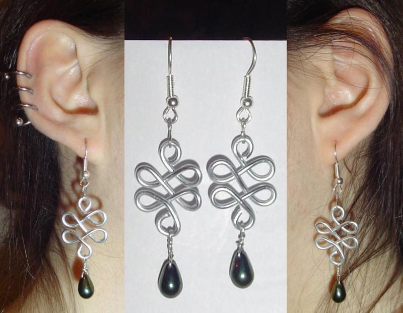 Celtic Knot Wire Earrings by acidezabs on DeviantArt